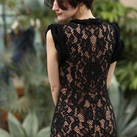 【レンタルだからこそチャレンジ】<br>タイトなシルエットのドレスは美しい