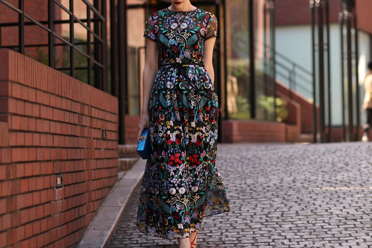 ロングドレスをレンタルするなら結婚式やパーティーにおしゃれなML Monique Lhuillier(エムエル・モニーク・ルイリエ)