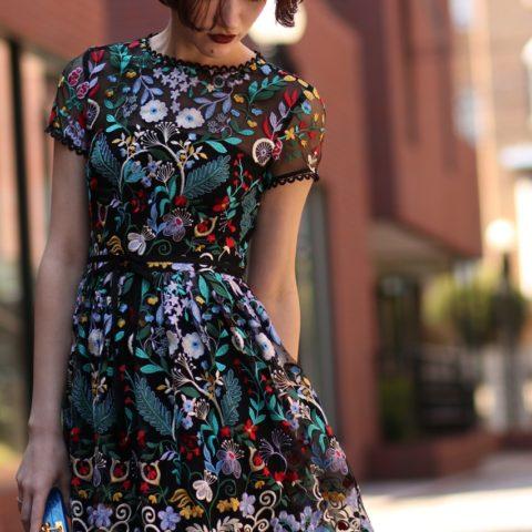 レンタルドレスはロング丈が人気