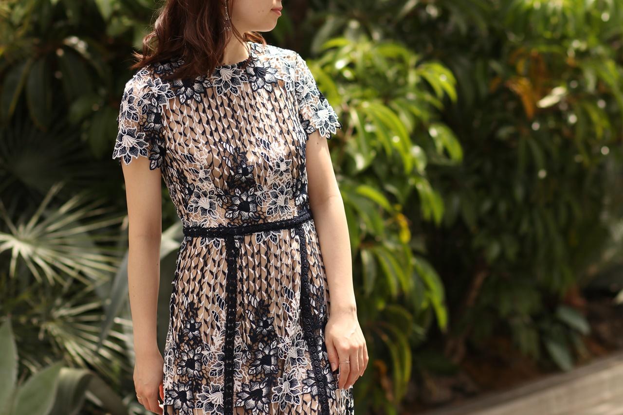 結婚式やパーティーにはおしゃれなML Monique Lhuillier(エムエル・モニーク・ルイリエ)のロングドレスをレンタルしたい