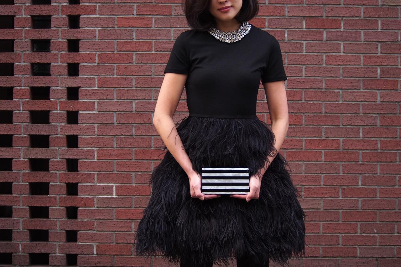 HAUTEでレンタルできるおしゃれなブラックドレスはモーガン・ル・フェイ(Morgane Le Fay)