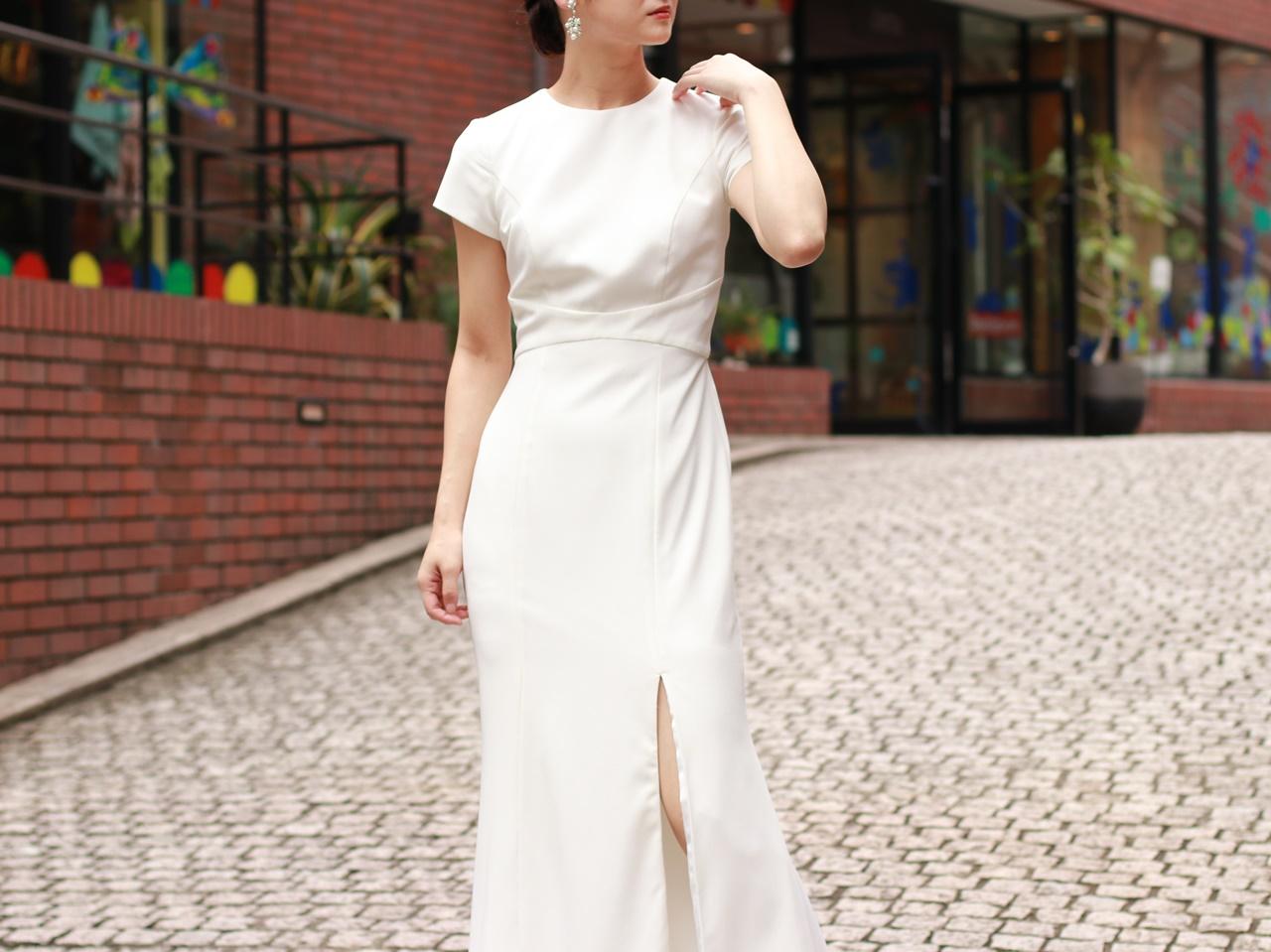 半袖のAMSALE(アムサーラ)のレンタル ウェディングドレス