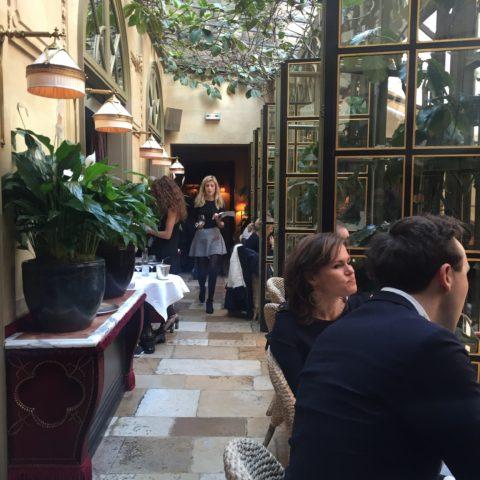 買付の時に訪れたパリの素敵なレストラン
